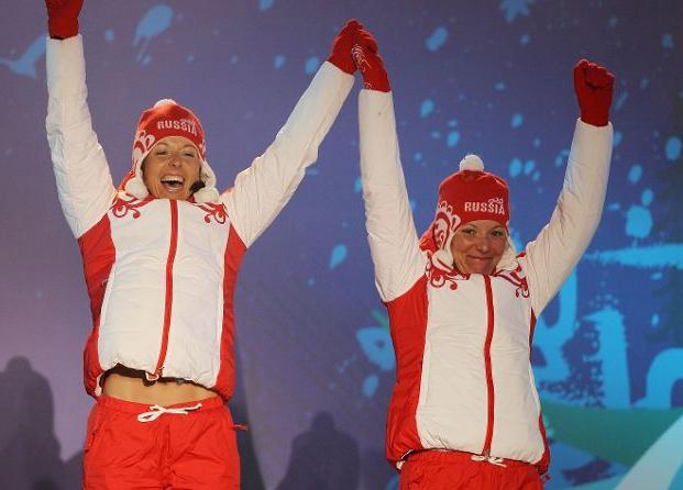 Наталья Коростелева и Ирина Хазова на награждении